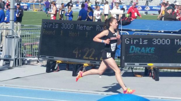 Stephanie Jenks of Linn-Mar runs just off her US #2 3000m time of 9:34.55 to win her sixth state title.
