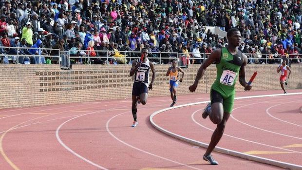 Michael O'Hara (green) led Calabar of Jamaica to the Championship of America titles in both the 4x100m and 4x400m at The Penn Relays. T.C. Williams finished fourth in the 4x400m and fifth in the 4x100m finals.